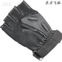 Wholesale Men driving fingerless gloves sheepskin leather gloves movement fitness half gloves leather gloves half refers to photography WY68 P