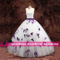 al por mayor vestidos baratos de la mariposa-2015 vestidos de boda púrpuras de la mariposa para las novias únicas Las perlas baratas de la venta caliente rebordearon el corsé sin tirantes del nudo del arco y los vestidos nupciales de la bola de Tulle