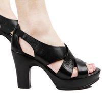 Chaussures simples talons Avis-2015 Mode Peep Toe Noble femmes pompes 100% Sandales en cuir pleine fleur épais talon haut Simple Design plaine Rome chaussures printemps été
