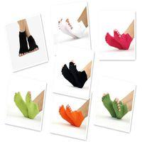 Wholesale NEW Hot selling Men and Women Pro Yoga Socks Five Fingers Antiskid Backless Five Toe Socks Yoga Sports Socks Fitness Massage