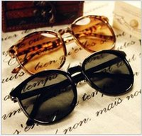 Wholesale 2930 sunglasses sweet College Wind new round frame sunglasses retro sunglasses
