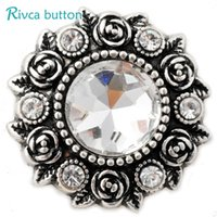 Wholesale D02809 Newest Crystal styles mm Metal Snap Button Fit Snap Bracelet Bangles Charm Rhinestone Styles Button Rivca Snaps Jewelry NOOSA Chunk