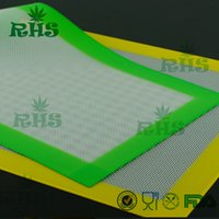 Wholesale 38x28 cm quot X15 quot Anti slip Butane Concentrate Oil non stick silicone heat pad FDA approval food grade microwave safe silicon mat