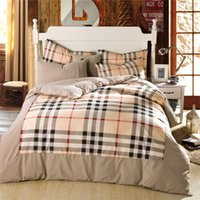Wholesale Hot Bed Cover Designer Bedding Bedspreads And Comforters Plaid Quilt Set without any Comforter Cotton Blending