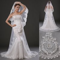 bead accesories - Luxury Chapel Length Wedding Veils Bridal Accesories Hot Sale One Layer Lace Applique with Rhinestone Beaded White Bridal Veils WT