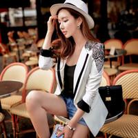 Wholesale Dabuwawa Office Lady s Elegant Long Sleeve Black Lace Decorated Shoulders Bodycon Classic White Blazer