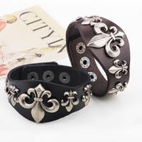 jewelry paris - 2016 NEW Paris romantic rivet Leather Bracelet alloy accessories punk men Bracelet jewelry manufacturers Valentine s Day