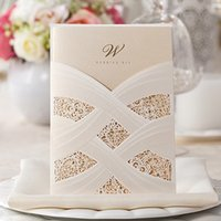 Wholesale Vertical Laser Cut Wedding Invitations Cards White Flora Lace Engagement for Marriage Cardstock Bride Shower Wedding Favors Supplies CW060