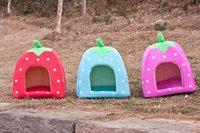 Wholesale Pet supplies Special dog kennel pet cat nest strawberry nest nest color dimensions