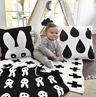 Wholesale Baby Blanket Black White Cute Rabbit Cross Cotton Knitted Couverture Plaid For Bed Sofa Cobertores Mantas BedSpread Bath Towels cm