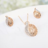 Wholesale Crystal Jewelry Set Leaves Pendant Necklace Stud Earrings Zinc Alloy Rhinestone Fashional Accessories for Women J0687