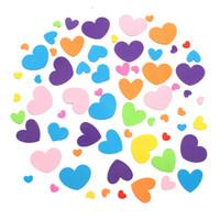 70pcs / Bolsa Kinder decorativas pegatinas de espuma cubierta al por mayor de decoración de la pared exterior los ornamentos del corazón de la historieta autoadhesivo