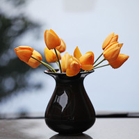 Wholesale Classis Handcrafted Table Top Solid Black Chinese Porcelain Glazed Flower Vases Cute Ceramic Ceramic Vase Home Party Decor Desk order lt no