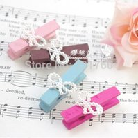 Wholesale fashion bowknot wooden Bookmarks clip photo notes holder with rope