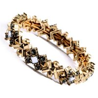 Wholesale Fashion New Design Vintage Alloy Geometric Crystal Stretch Bracelet For Women Charm Jewelry Factory