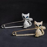 alloy steel fasteners - Cheap Wedding Brooches for women Crystal Rhinestone cat brooch pins for sale scarve fastener for party silver jewelry DR