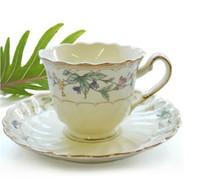 Gros-250ml Belle British Style os haut de gamme en Chine Coffee Cup Set Red Tea Set tasse en porcelaine émaillée Fleurs livraison gratuite