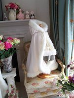 Wholesale 2016 Hooded Girls Cape Ivory White Wedding Cloaks Faux Fur Jacket For pageant brides gowns for girls Outerwear with hand warm