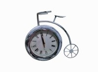 antique work tables - Retro nostalgia big wheel bike wrought iron table clock to live in a single clock B21