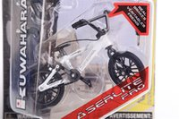 Wholesale boy birthday gift novelty toy professional SPIN MASTER Flick Trix finger bmx mini bicycle bike with gadget random color