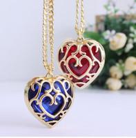 achat en gros de colliers zelda-Sunhsine La légende de Zelda bleu rouge Collier coeur récipient creux pendentif 4cm Collier amoureux