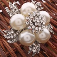 Wholesale Stylish White Pearl Colored Bead Rhinestone Brooch Pin shipping free S01802