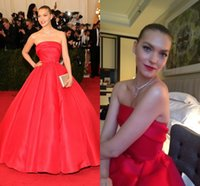 arizona pictures - Arizona Muse Dresses Red Strapless Off The Shoulder Floor Length Elegant Met Gala Celebrity Dresses Tapetes De Quarto Gowns cheap evening Go