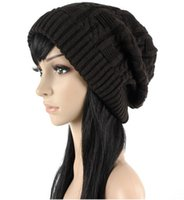Wholesale Fashion warm autumn winter knitted hat women stripes Skullies Beanies South Korean version of the hat colors