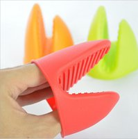 Wholesale Silicone Insulated Gloves Kitchen Tool Heat Resistant Glove Oven Pot Holder BBQ Baking Cooking Mitts Anti Slip Finger Grip Mouth Teeth Shape