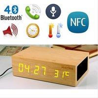Precio de Cajas de madera relojes-Altavoz estéreo de Bluetooth de madera de roble Despertador w / LED + Tiempo Temperatura Display + NFC + cargador USB + altavoz de manos libres bluetooth con la caja al por menor
