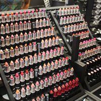 diva - DHL Makeup Lipstick RUBY WOO CANDY YUM YUM HEROINE Please me Vegas Volt Morange diva Brand Matte MC Lipstick