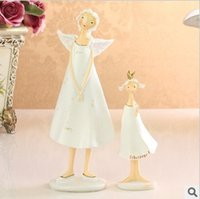 Cheap lovely white pair of Angel mom & daughter, gift to mom in Mother's day, home decoration items
