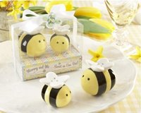 bee baby shower - 200pcs Set Mommy and Me Sweet as Can Bee Ceramic Honeybee Salt Pepper Shakers baby shower favors and gifts