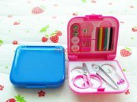Wholesale 500sets Portable Mini Travel PP Sewing Box With Color Needle Threads Sewing Kits Sewing Set DIY Home Tools