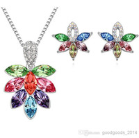 Cheap Austrian crystal diamond flower pendant necklace and earrings female silver jewelry set a626