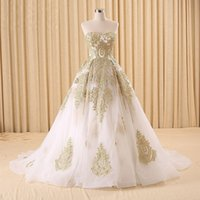Wholesale Gold Quinceanera Gowns Ball Gown Tulle Quinceanera Dresses Plus Sizes Applique Sweetheart Chapel Train Glamorous