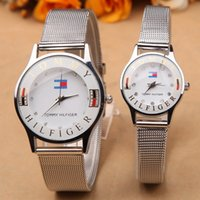 Wholesale New fashion luxury watches for men European and American fine couple fashion round glass mirror silver alloy pin buckle belt quartz watches