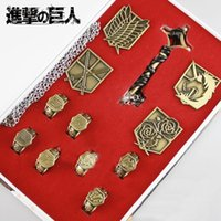 big broochs - 12 Attack on Titan Badges Rings Eren Key Necklace Broochs Chain Metal Set Collectibles Gift Cosplay Accessories in Box