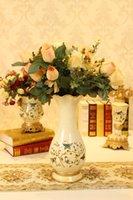 Wholesale European retro fashion ceramic vase ornaments home decor crafts queen living room vase flower holder put ornaments
