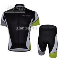 Wholesale Cycling jersey black short sleeve cycling clothing cycling comfortable short kits cycling clothing sets