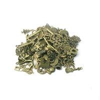 achat en gros de types bracelets font-Gros-Livraison gratuite! Charms type mixte Hot Antique Bronze 60pcs Pendentif bricolage en alliage pour collier bracelet fabrication de bijoux CN-BJI000-77