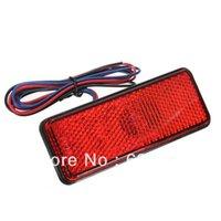 Tail Nueva LED Reflector Rojo Freno trasero parada de camiones Light Marker Remolque de motos gratis para el envío $ 18Nadie pista