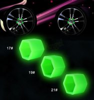 Wholesale 20pcs mm Silicone Car Wheel Hub Screw Nut Decoration Cap Cover Green Car Styling Protective Bolt HA10577