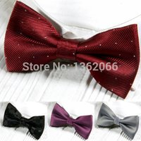 Wholesale Upscale Many Styles Casual British Fashion Men s Bow Ties Korean Silk Wedding Formal Banquet Bow Tie For Mens Butterflies