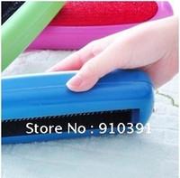 Wholesale multi purpose dust catcher manual vacuum cleaner Carpet Blanket brush Dust suction brush supply for family
