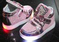 arch surface - The new male children girls leisure shoes princess baby shoes shoes sneakers surface led flash