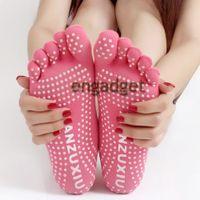Wholesale 5pcs Toe Fashion Deodorant Breathable Cotton Non slip Comfortable Foot Massage knitted socks Yoga Socks