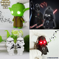 Wholesale LED Star Wars Darth Vader Keychains with Sound Light Lamp Flashlight Keychain YODA Black Star wars LED Keyrings luminous Dark Warrior