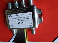 Wholesale Diseqc in diseqc satellite dish CS968 QNAP Multiswitch in outs satellite lnb lnbf ku band lnbf satellite switch diseqc switch