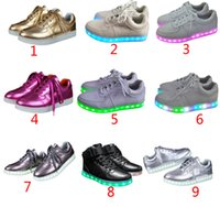Wholesale New fashion led shoes seven light colors with USB charge Unisex lovers flashing shoes for party and sport